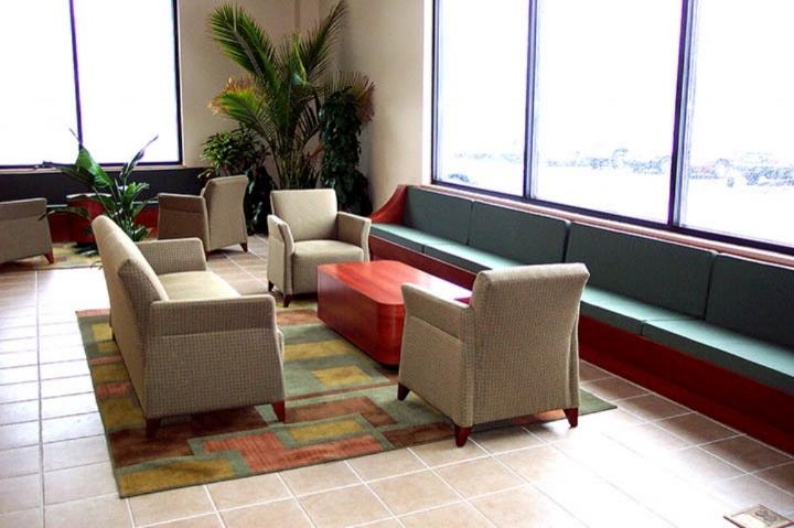 IU-Lounge.JPG