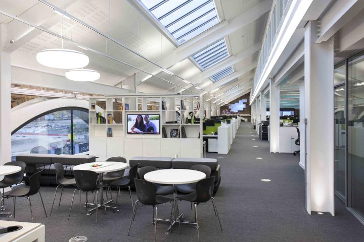 Hoare-Lea-Lighting-office-London-UK.jpg