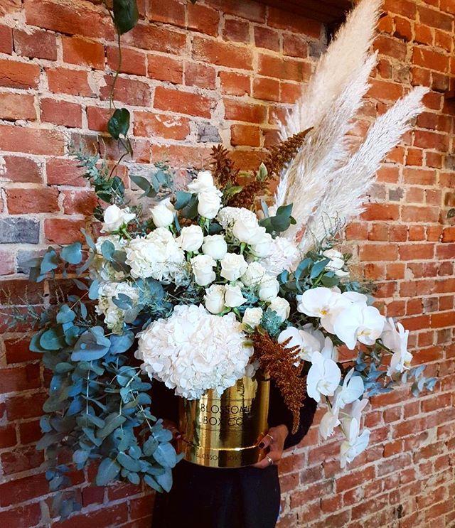@d.demicoli created something spectacular for a wedding today 🌿🍃 #bespoke #flowerbox #weddingflowers #adelaideflorist #blossomboxcoadl