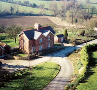 Holmer Cottages