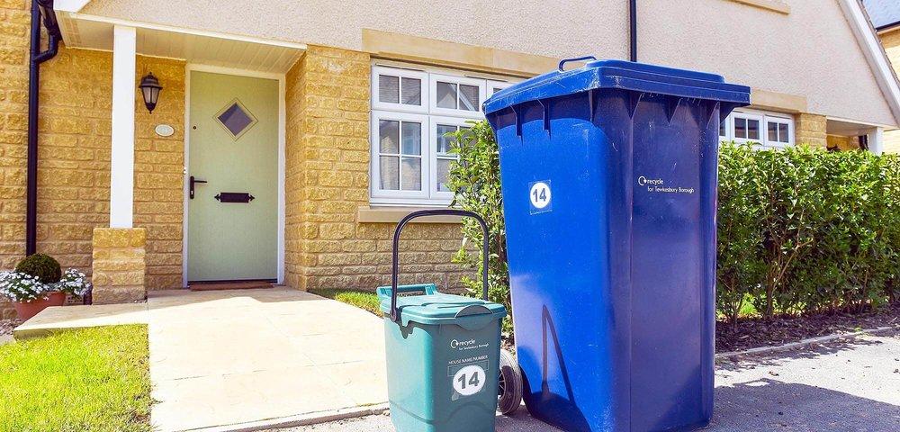 Green refuse bin