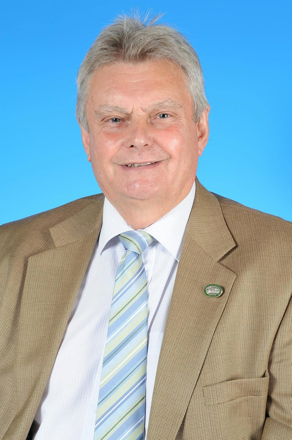 Councillor Terry Spencer - photo courtesy of Posers Photographic