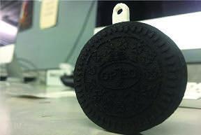 Bryan Lazano's 3D Printed Oreo.