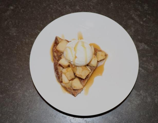 JOSETTE SIMPSON/RIVERDALE REVIEW   Ready-to-eat apple pie bread pudding.