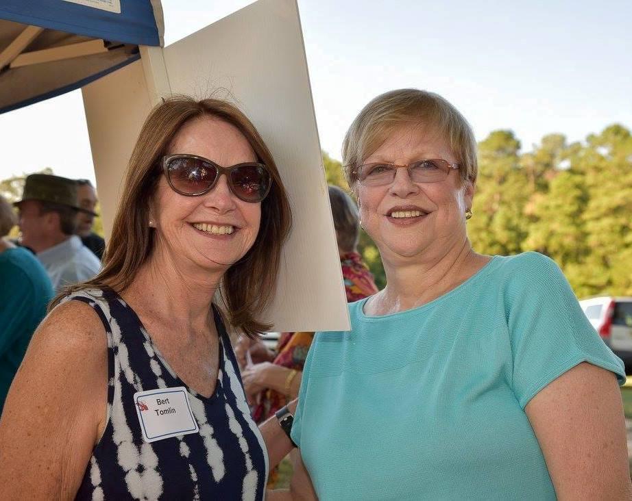Bert Tomlin, registration volunteer, and Martha Dimon, Lobsterfest 2017 chairperson.jpg