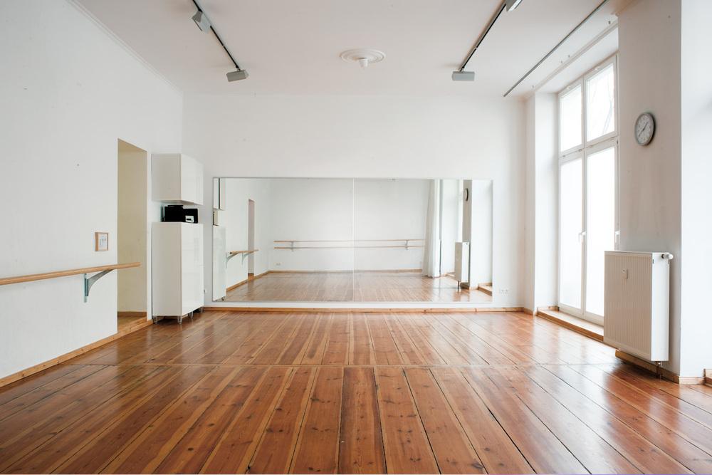 studio10.jpg