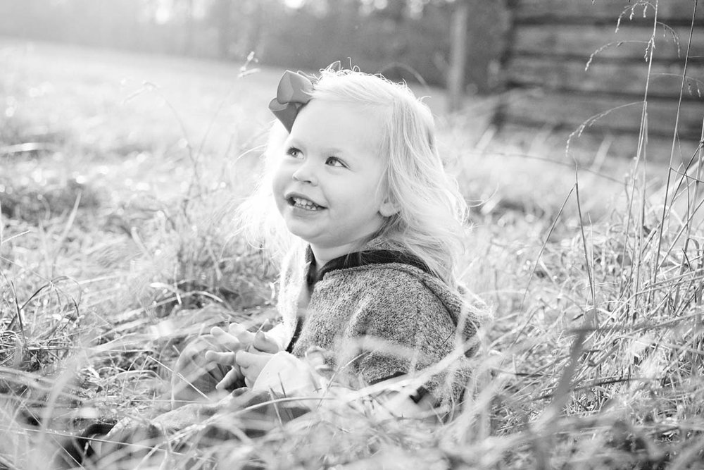 StovallFamilyRLP-17colorBlack and Whites.jpg