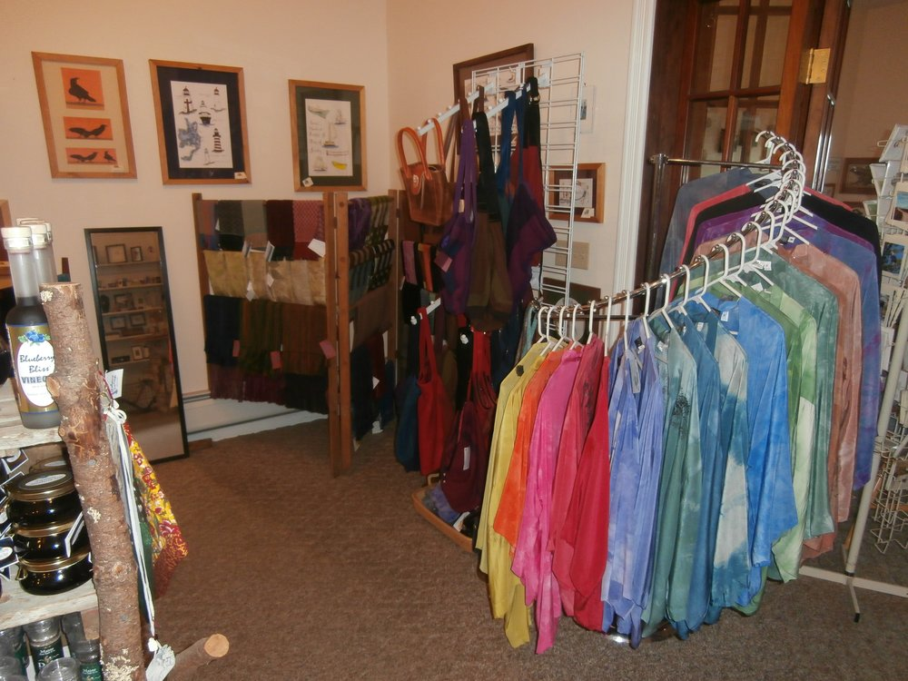 Commons silk jackets corner.jpg