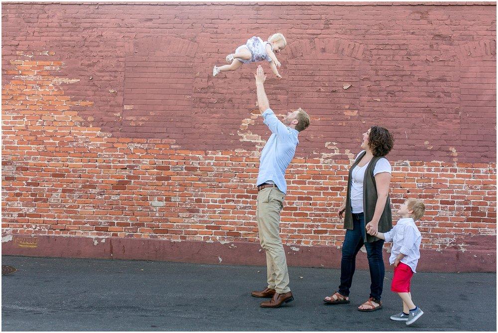 Strehlow Family-0026.jpg