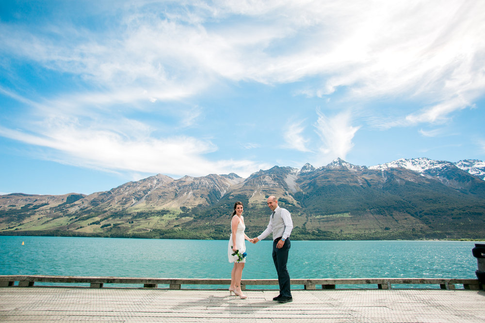Bruna and Fabricio eloped in Queenstown, New Zealand.
