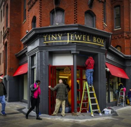 D.C.'s Tiny Jewel Box Expands / JCK