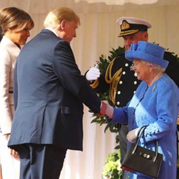 Queen Shades Trump / JCK