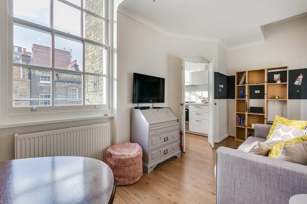 Clevedone House flat 8-4.jpg