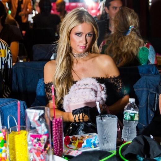 19.-MCM-Worldwide-x-Gucci-Mane-Party_Paris-Hilton-carries-MCM2-1200x1200.jpg