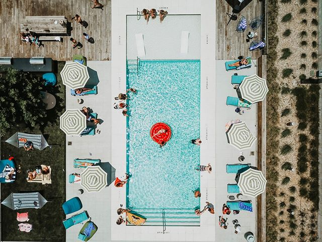#weekendshere C'mon in, the water's fine!  We love this shot of The Guild East 6th @ The Corazon pool 📷: @gio.gone.global