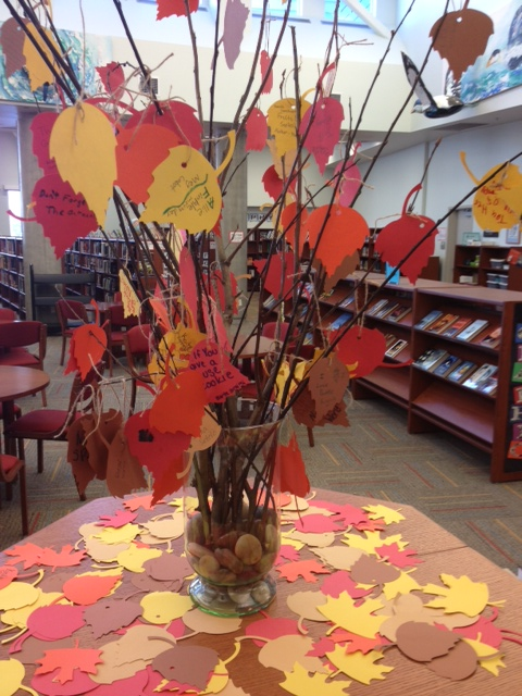 A Thankfulness Tree from Library Displays