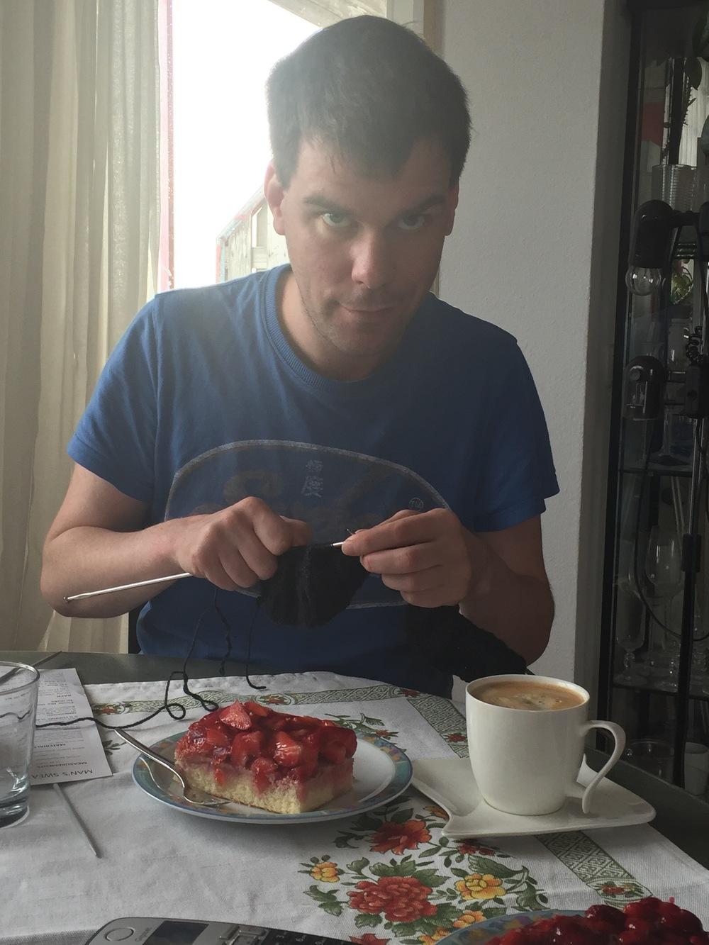 Caffe und Kuchen Knitting