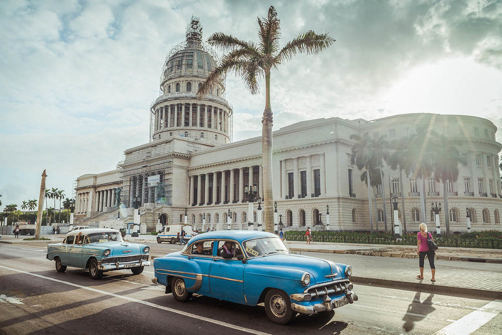 Havana Capitol and American Vintage Cars