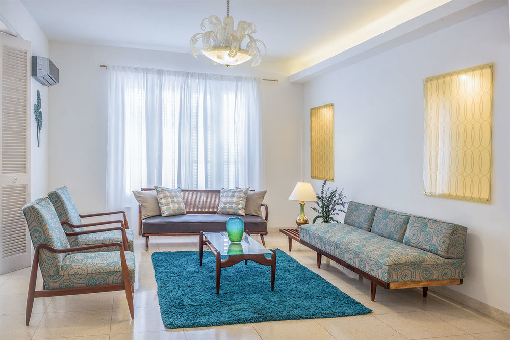 Alejandro_Perez_Architecture_Hostal_Blu_livingroom.jpg
