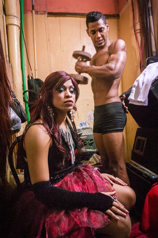 Alejandro-Perez-apik-Silence-of-a-body-Muscles.jpg