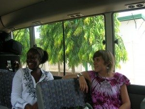 Poet, Tonya Foster, and Caitlin (en bus route)