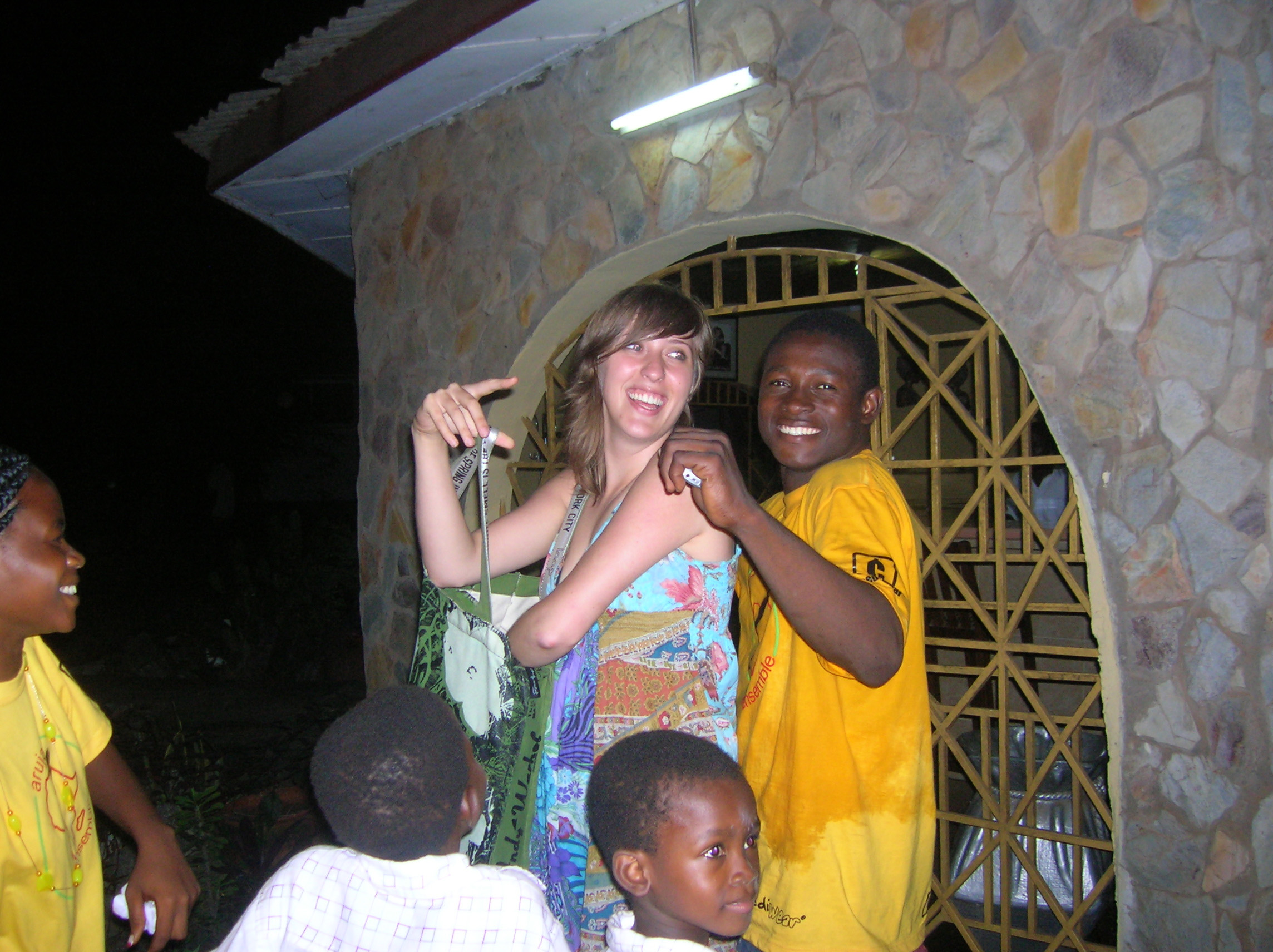 Caitlin and dance troupe in Ghana (July 2008)