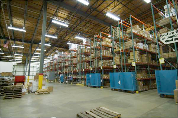 32-foot ceilings are perfect for warehousing at 2121 Chicago Road.