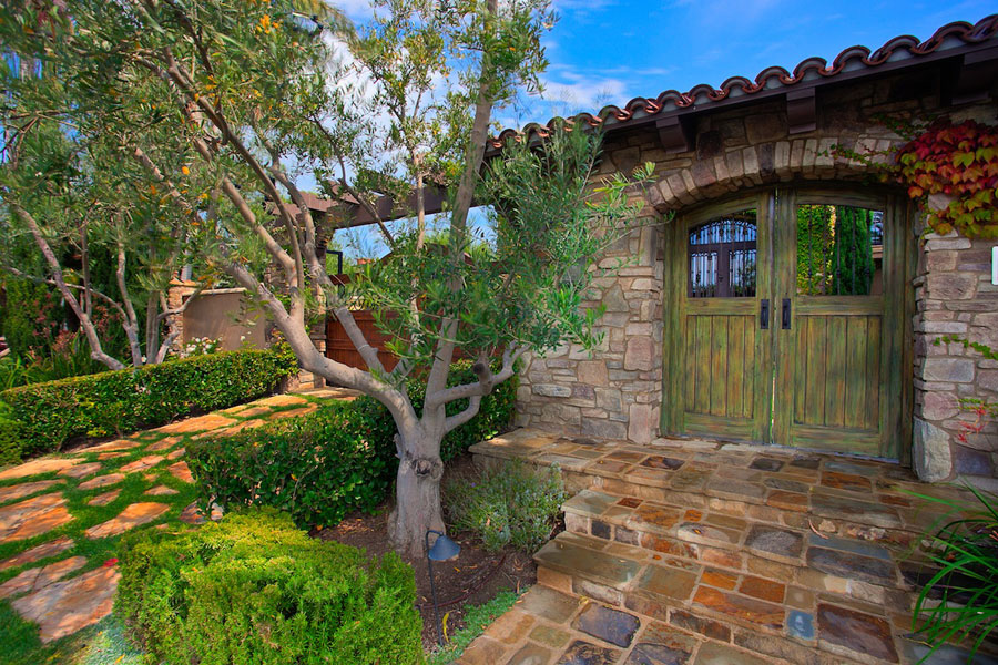 IDL-Home-Construction-Consulting-antigua_newportbeach-doorview.jpg