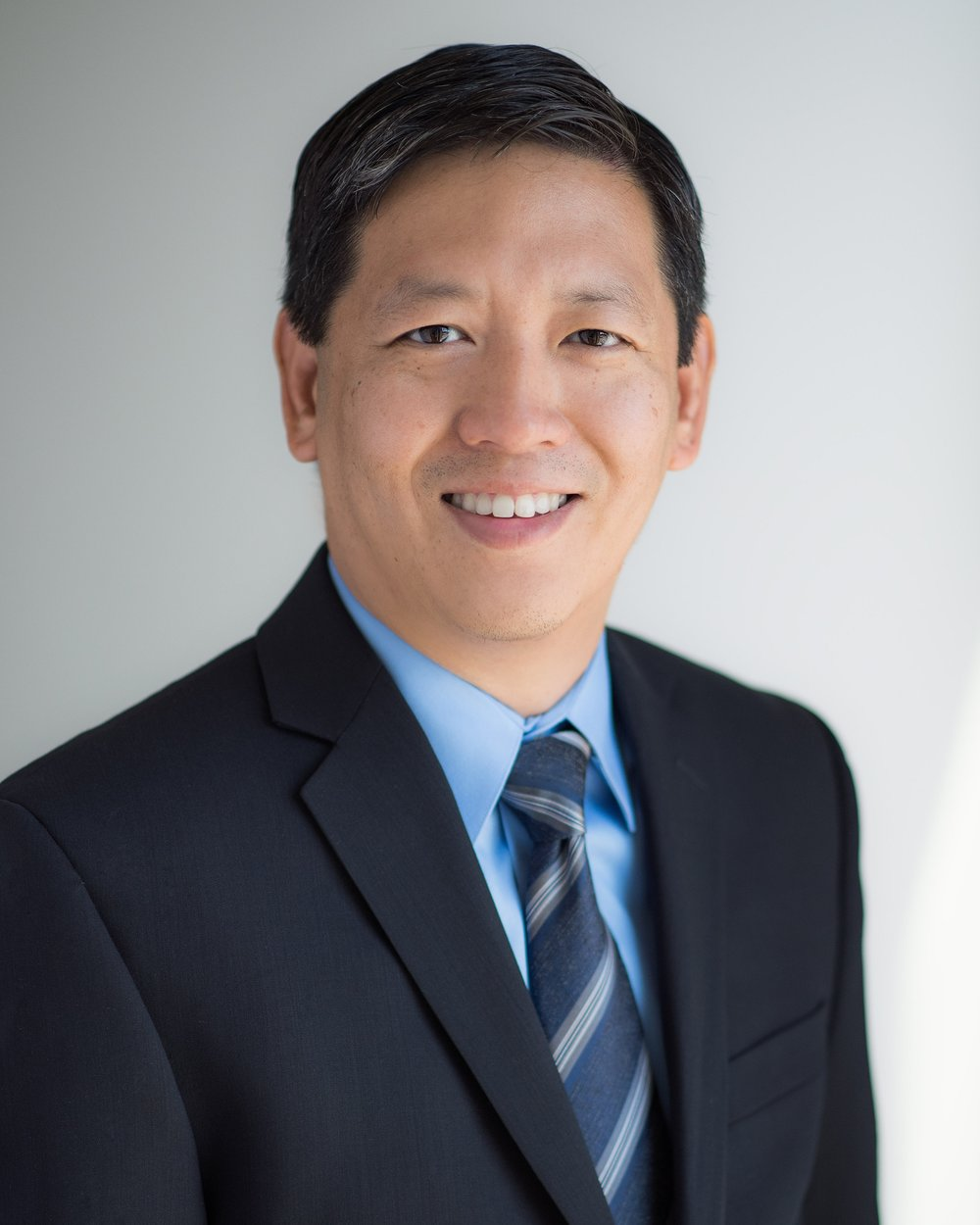 Felix Feng, MD - Vice Chair for Faculty Development & Translational Research, Dept of Radiation OncologyAssociate Professor of Radiation Oncology, Urology, and MedicineDr. Felix Feng is an expert in translational genomics and pre-clinical therapeutics for prostate cancer and has co-authored over 200 journal articles. Dr. Feng received his undergraduate degree from Stanford University, his medical degree at Washington University School of Medicine in St. Louis, and completed his residency training in Radiation Oncology at the University of Michigan. Prior to moving to the University of California, San Francisco in 2016, Dr. Feng was a faculty member of Radiation Oncology, Director of the Division of Translational Genomics, and Associate Chair for Laboratory Research at the University of Michigan.