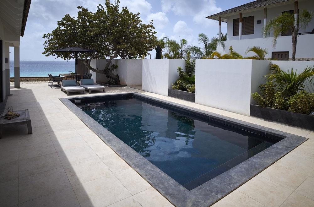 1-3_SPB_Portfolio_Caribbean_Beach_Villa_72_&_Sunny_Print.jpg