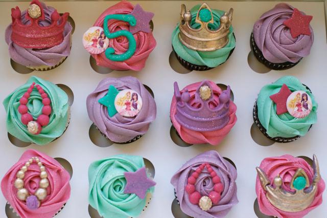 cupcakesgirl18.jpg