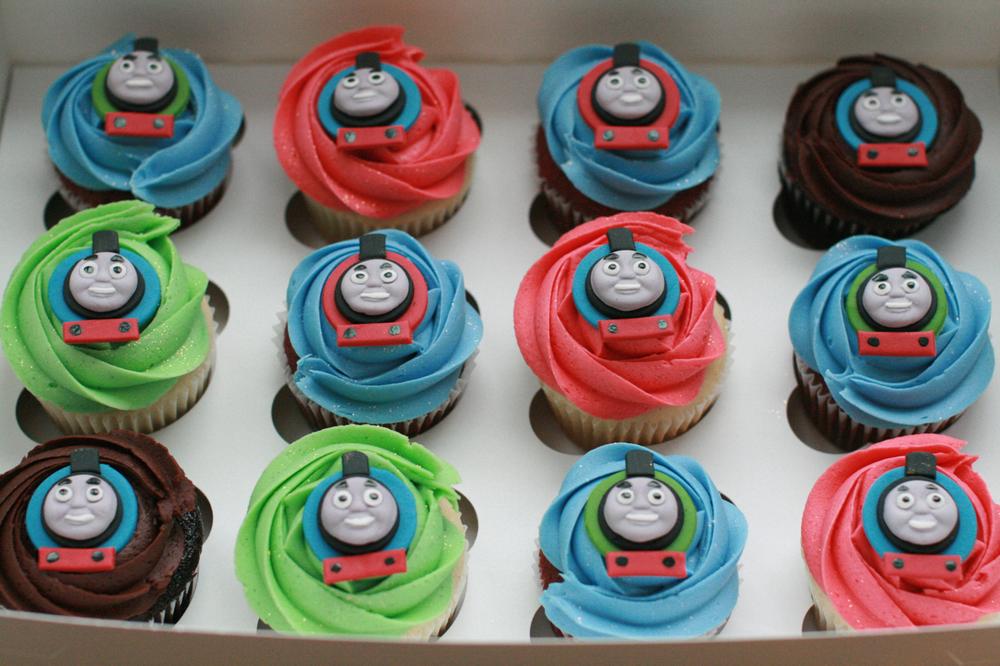 cupcakesboy08.jpg