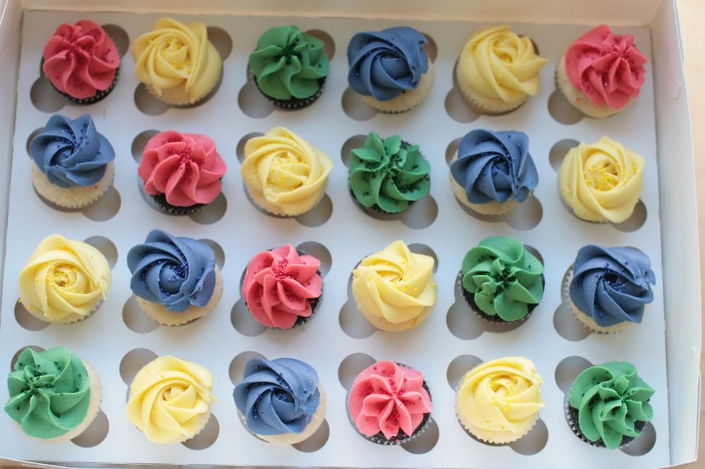 cupcakesboy18.jpg