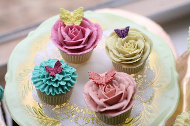 cupcakesfloral05.jpg