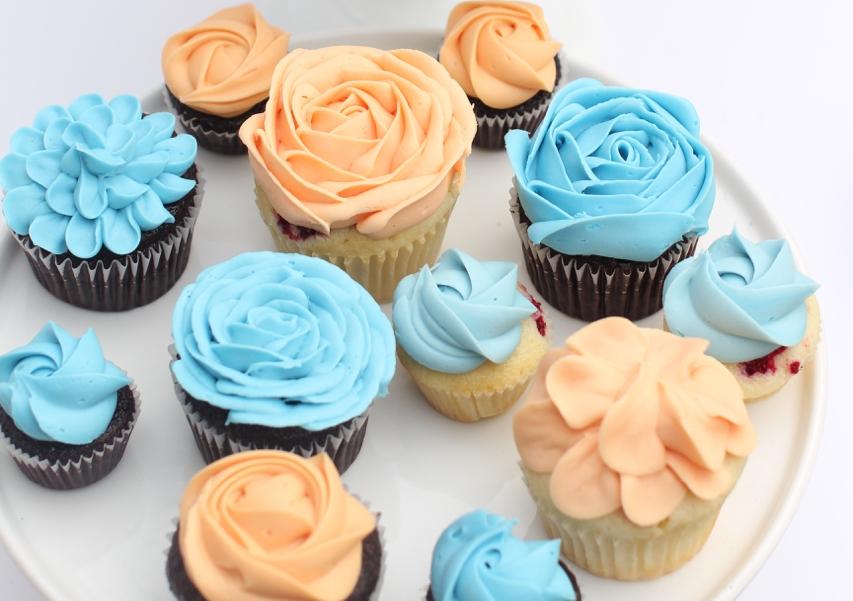 cupcakesfloral18.jpg