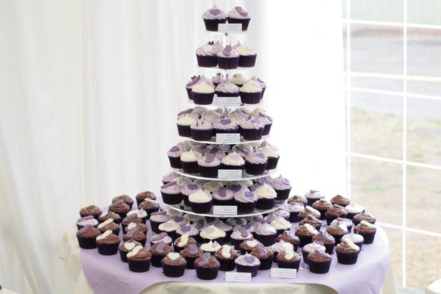 wedding cupcakes001.jpg