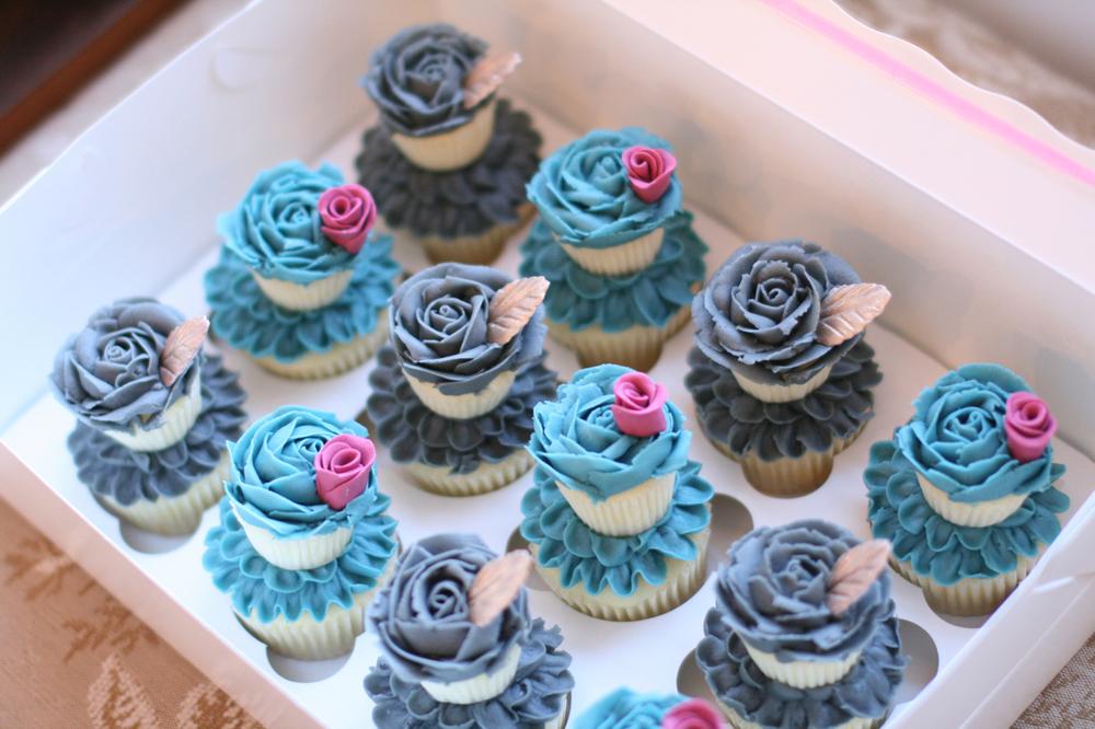 wedding cupcakes009.jpg