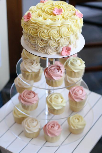 wedding cupcakes018.jpg