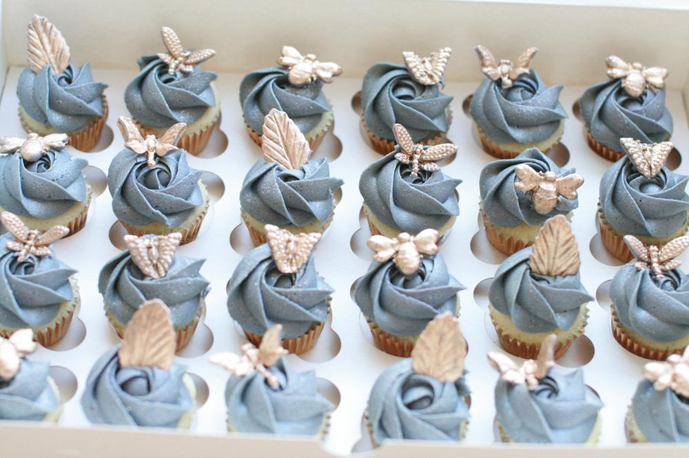 wedding cupcakes025.jpg