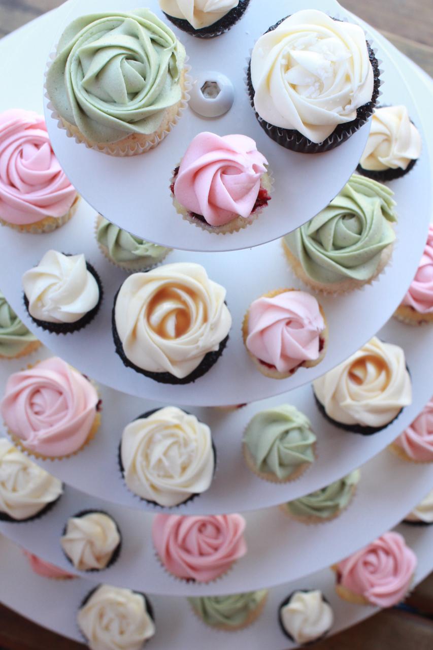 wedding cupcakes059.jpg