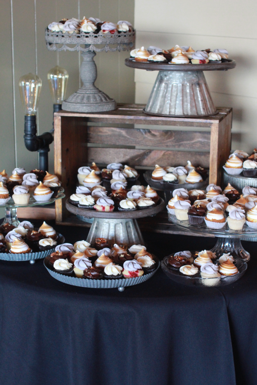 wedding cupcakes063.jpg