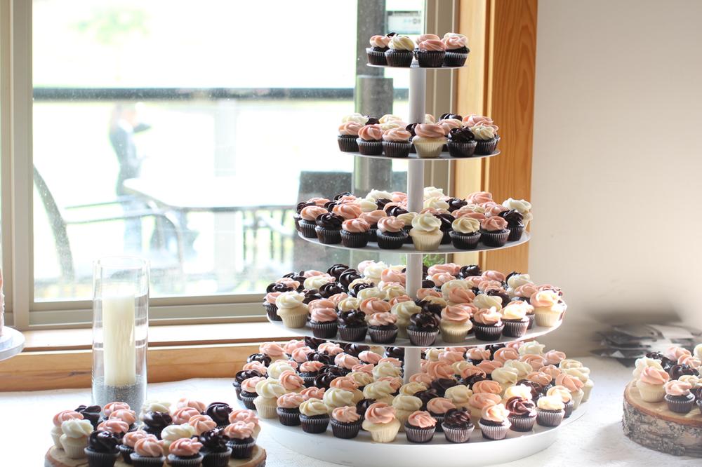 wedding cupcakes070.jpg