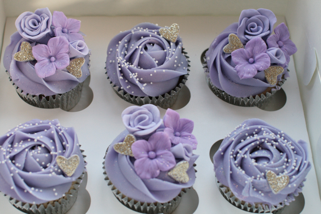 wedding cupcakes111.jpg