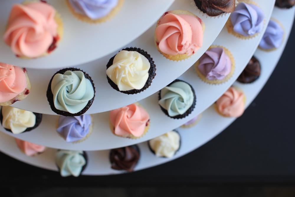 wedding cupcakes118.jpg