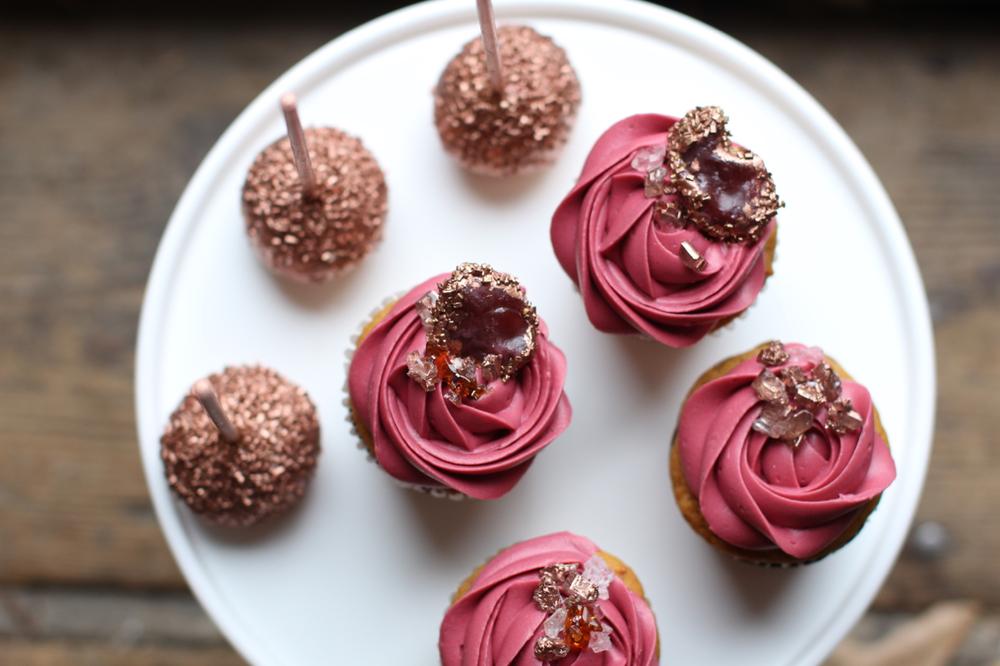 wedding cupcakes003.jpg