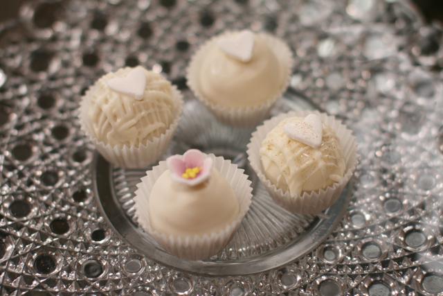 cakepops01.jpg