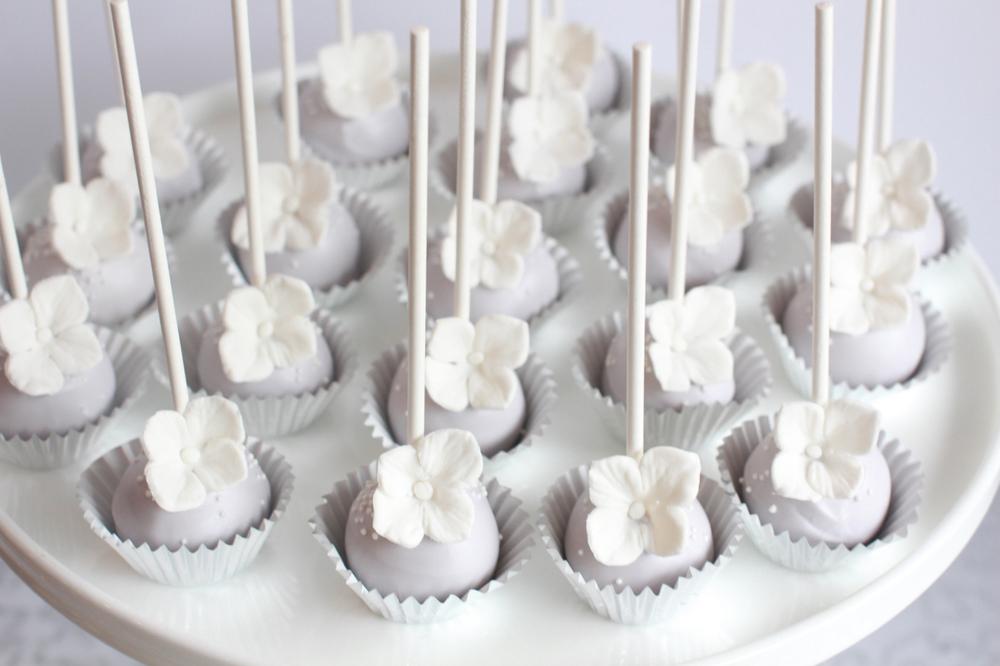 cakepops70.jpg