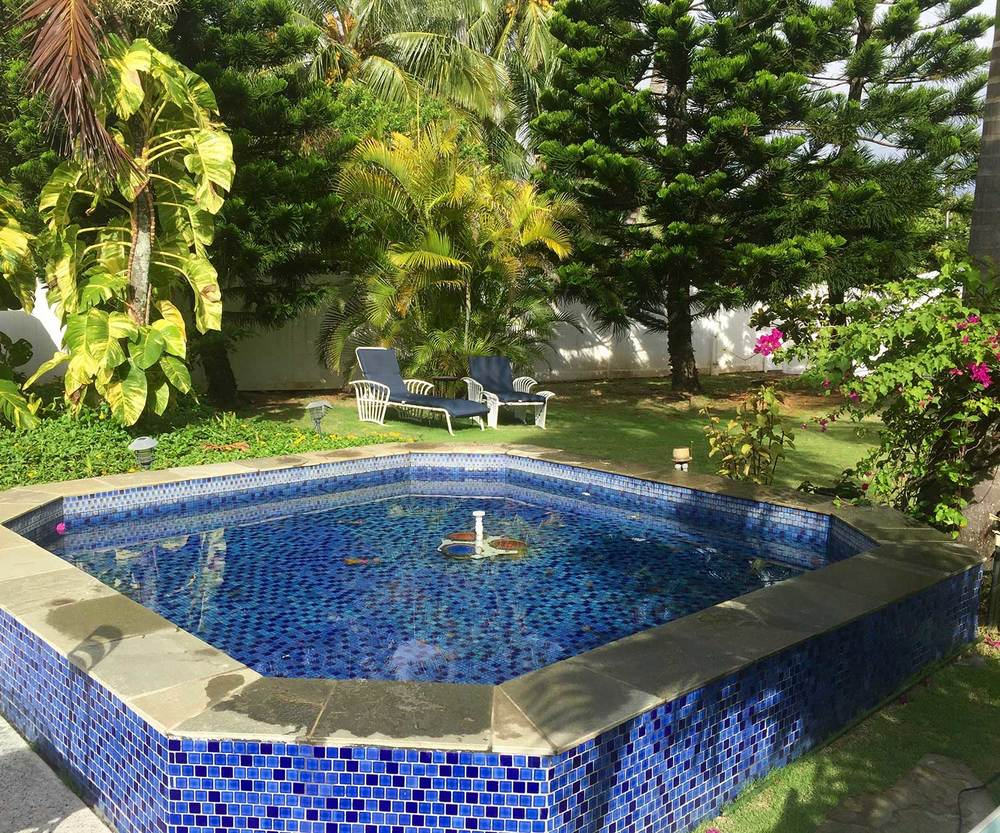 Yard-Fountain--Blue-Ginger-Cottage.jpg
