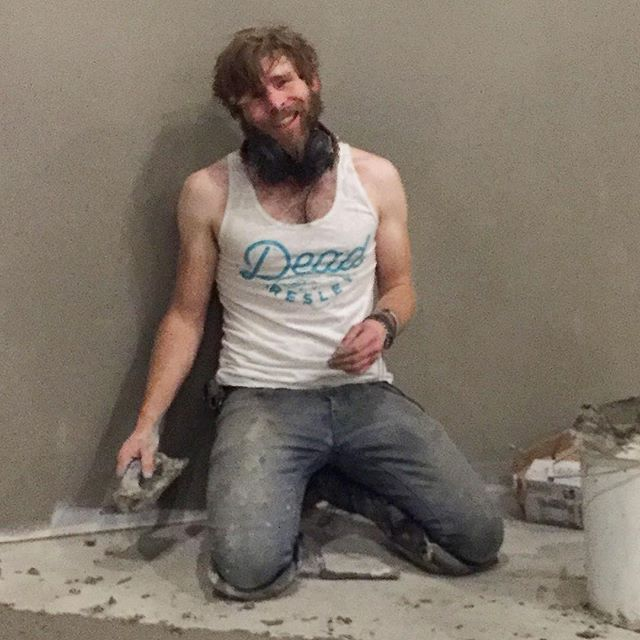 Not sure if we should be offended that Reid Perry is doing construction in our shirt, but he just looks too good for us to care.
