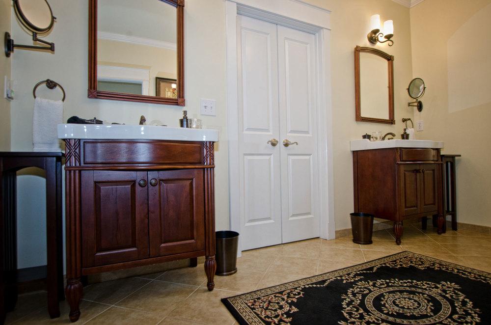Charlottesville-Bathroom3.jpg